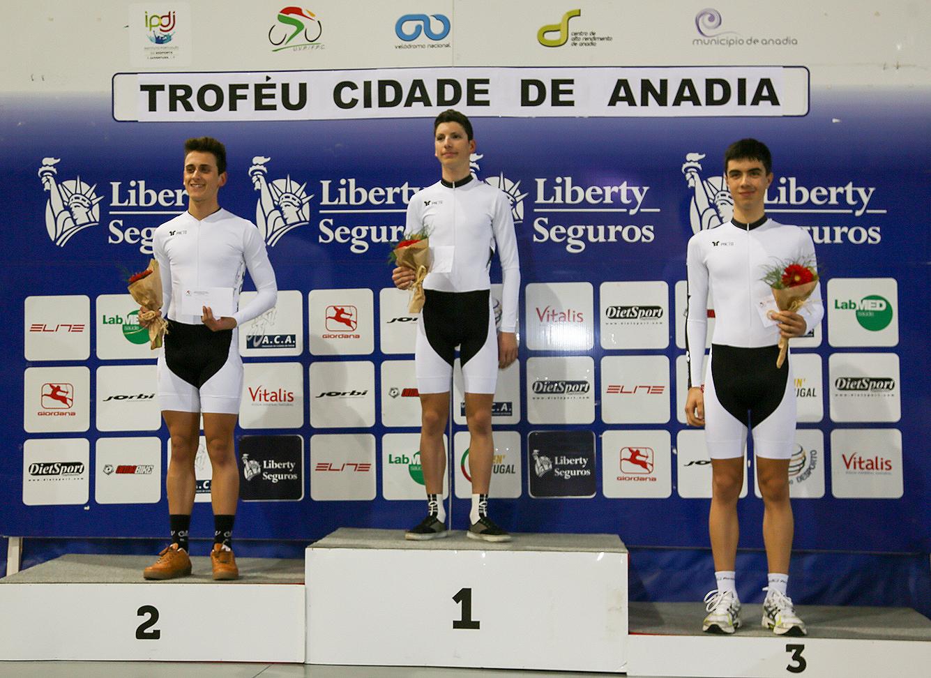 Sicasal patrocina ciclismo do Sporting Clube Escolar Bombarralense